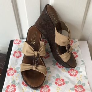 "Italian Shoemakers Tan/Khaki 3.5"" Wedges Size 7"